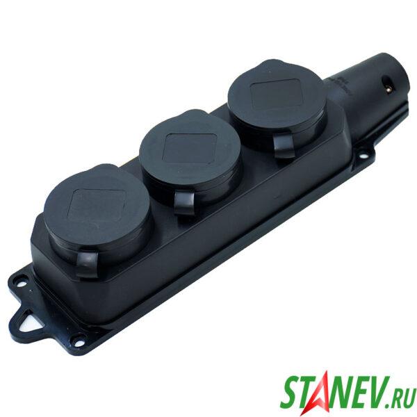 RUBBER Розетка с заглушками уличная тройная влагозащищенная с заземлением IP44 Standart-Luxe 4-40